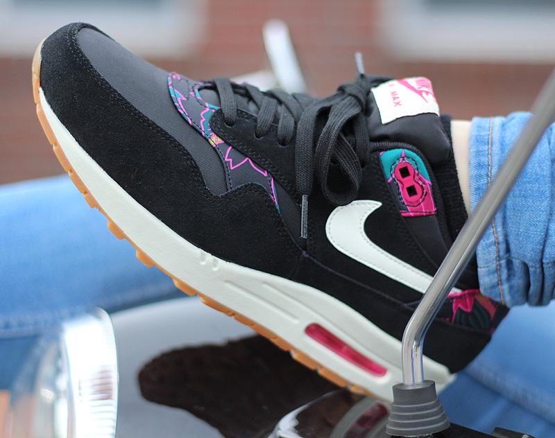 Nike WMNS Air Max 1 Print Schwarz Pink Tuerkis Creme - 528898-004