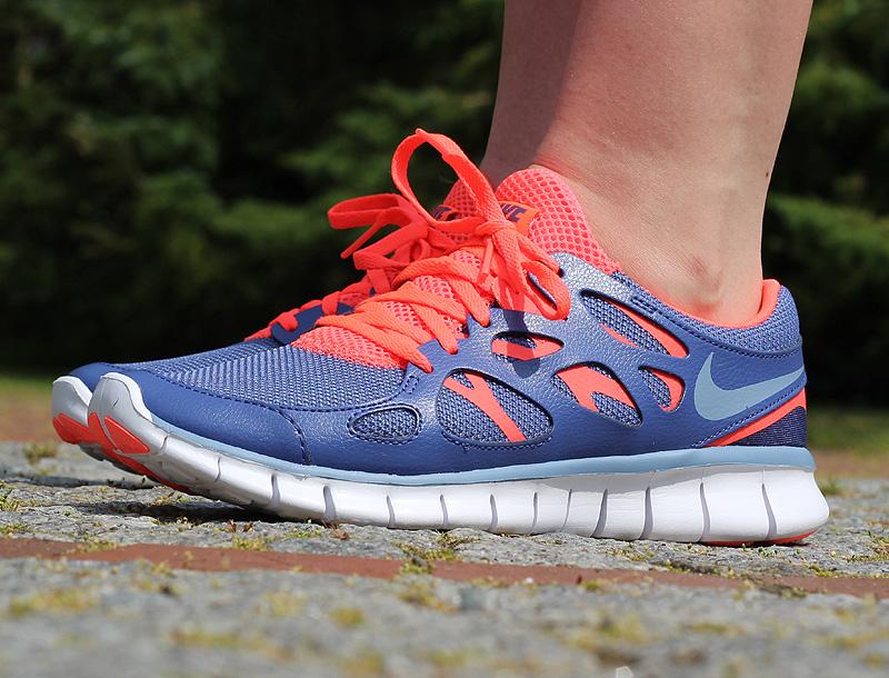 Nike WMNS Free Run 2 EXT Dunkelblau Graublau Neonrot Weiss - 536746-406
