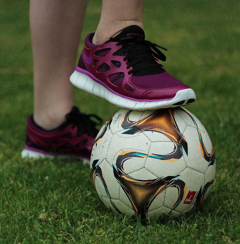 Nike WMNS Free Run 2 EXT Violett Lila Schwarz Creme - 536746-504