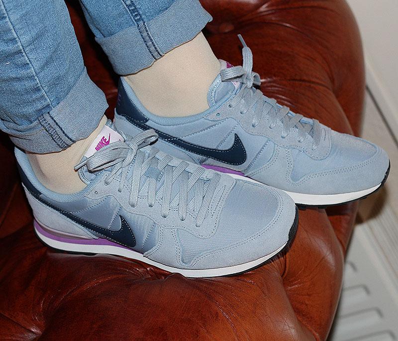 Nike WMNS Internationalist Stahlblau Dunkelblau Lila - 828407-405