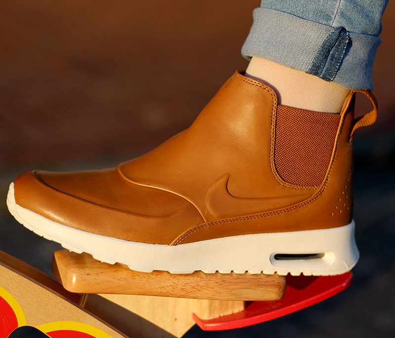 detailed look aa70d 919ae Nike WMNS Air Max Thea Mid Ale Brown Sail - 859550-200