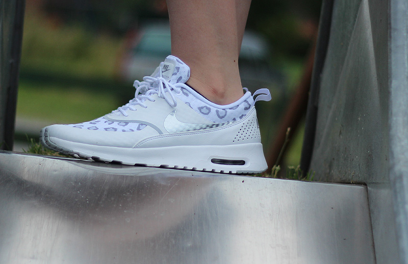 Nike WMNS Air Max Thea Print White Wolf Grey Pure Platinum - 599408-101