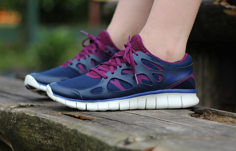 Nike WMNS Free Run 2 EXT Midnight Navy Deep Royal Blue Mulberry Purple - 536746-407