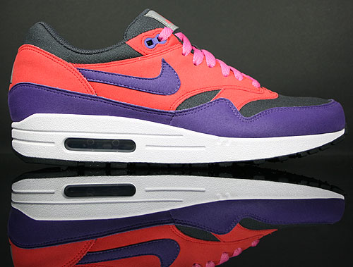 quality design 5553d 8d39e Nike Air Max 1 Rot Lila Anthrazit Weiss ACG Pack