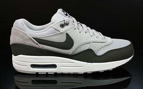 Nike Air Max 1 Lila Grau Schwarz