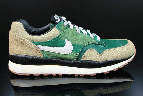 57a4f810be89 Nike Air Safari Vintage Gorge Green Granite Bamboo Black 525245-370