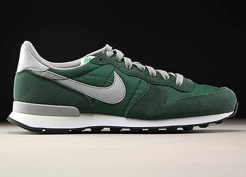 Nike Internationalist Dunkelgruen Grau Weiss 828041 300