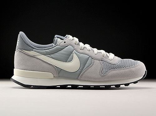 Nike Internationalist Hellgrau Grau Creme 828041-015