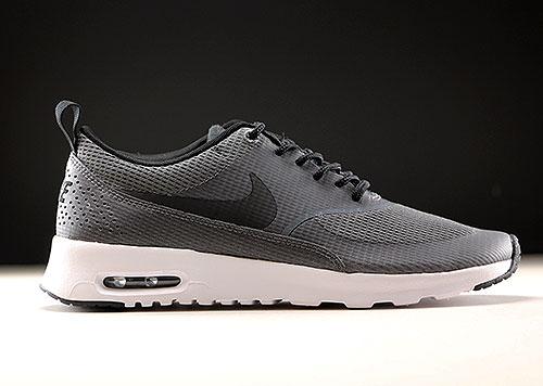 new styles a9876 411ef Nike WMNS Air Max Thea Textile Dunkelgrau Schwarz Weiss 819639-001