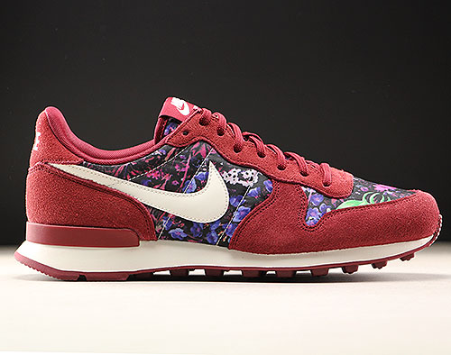 Nike WMNS Internationalist Premium Dunkelrot Floral Purchaze
