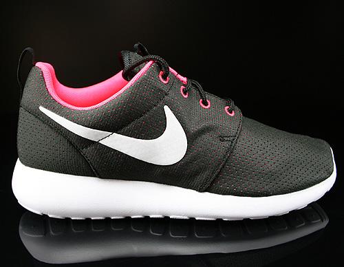 Nike Roshe Run Schwarz Weiß Gepunktet Damen