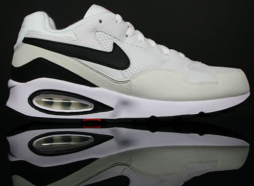 Nike Air Max ST Weiss Schwarz Rot