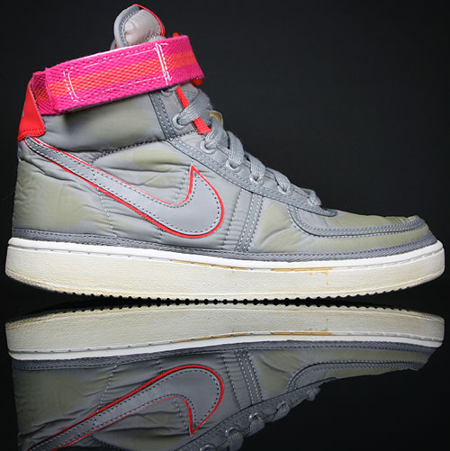 Nike Vandal Hi Supreme Medium Grey/Vivid Pink 325317-001