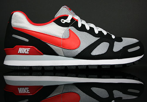 Nike Air Waffle Trainer Wolf Grey/Chilling Red-Black 429628-002