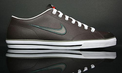 Nike Capri Velvet Brown/Smoke-Grey-Metallic Silver 314951-201