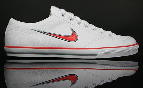 Nike WMNS Capri White/Alarming-Metallic Silver-Stealth 314956-105
