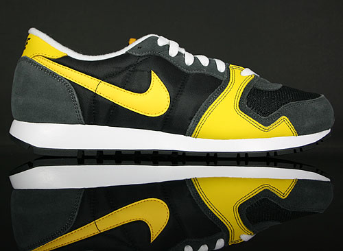 Nike Air Vengeance Black/Varsity Maize-Dark Grey 429627-003