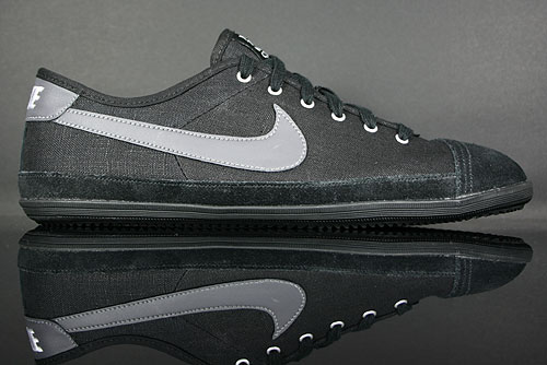 Nike Flash Black/Dark Grey-White 441394-001
