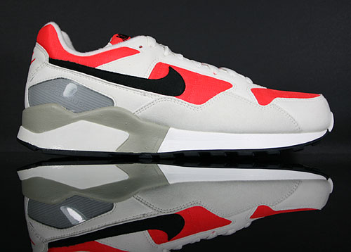 Nike Air Pegasus 92 Sail Black Crimson Metallic Silver 414238-103