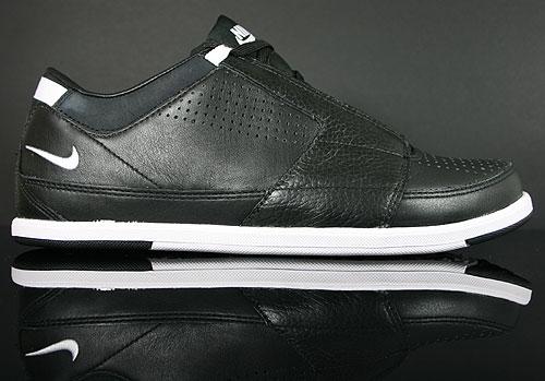 Nike Future Court Black White Sneakers 407480-002
