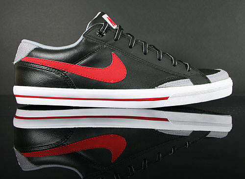 Nike Capri 2 Black Gym Red Anthracite White Sneakers 407984-060