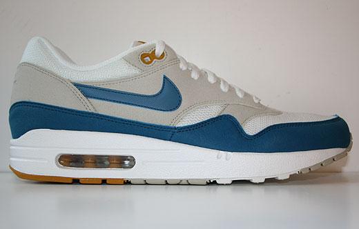 various colors 6818b 9de0a Nike Air Max 1 Summit White Shaded Blue Sandtrap 308866-117