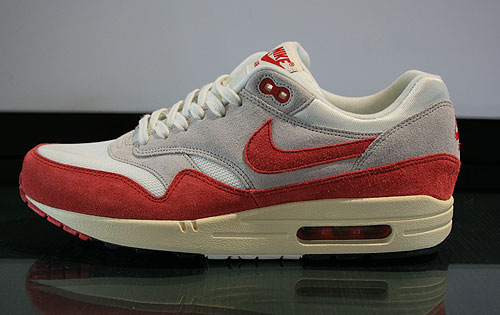 Nike Air Max 1 OG Sail University Red Neutral Grey Black Sneakers 554717-160