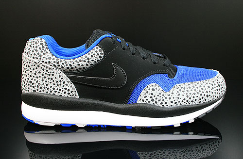 Nike Air Safari LE Neutral Grey Black Royal White Sneakers 371740-040