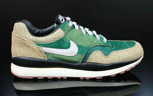Nike Air Safari Vintage Green Granite Bamboo Black Sneakers 525245-370
