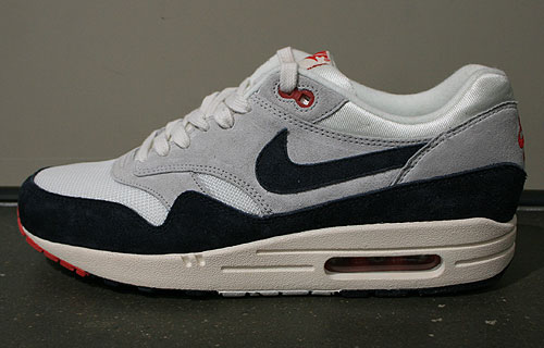 Nike Air Max 1 OG Dark Obsidian Neutral Grey University Red Sneakers 554717-100