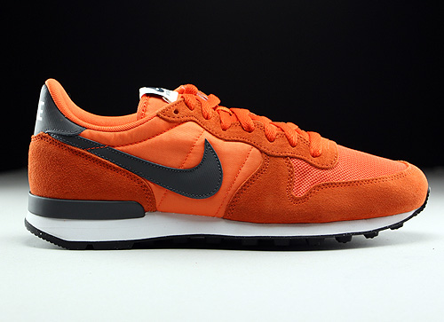 Nike Internationalist Electric Orange Dark Grey Unv Orange Sneakers 631754-801