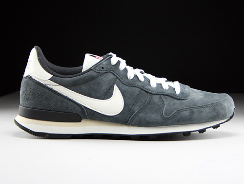 Nike Internationalist PGS LTR Anthracite Sail Black Beach Sneakers 705017-001