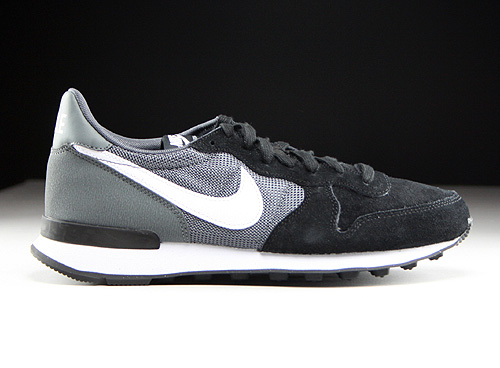 Nike WMNS Internationalist Black White Dark Grey Black Sneakers 629684-012
