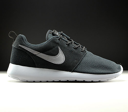 sneakers for cheap 836e7 52062 Nike Roshe One Suede Black Metallic Dark Grey Wolf Grey