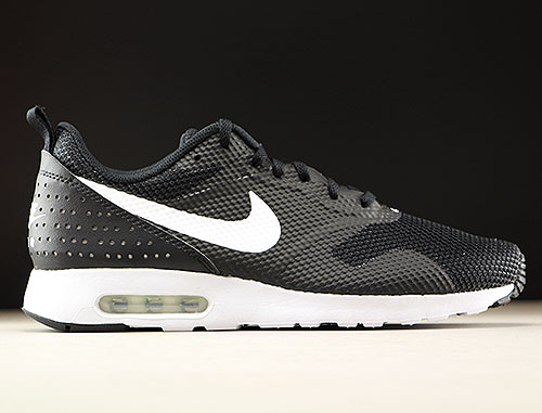 Nike Air Max Tavas Black White 705149-024