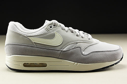 huge selection of 7aef5 4cf8b Nike Air Max 1 Vast Grey Sail Wolf Grey AH8145-011
