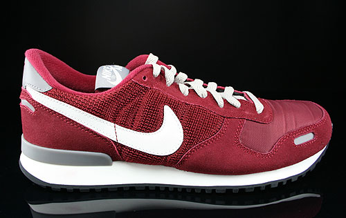 Nike Air Vortex Retro Team Red Sail Newsprint Mortar Sneakers 543216-611