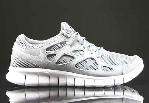 nike free run white grey