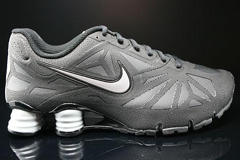 Nike Shox Turbo 14 Black Metallic Silver Black Sneakers 631760-002