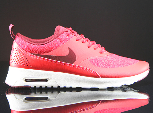 Nike WMNS Air Max Thea Action Red Team Red Sail Sneakers 599409-603