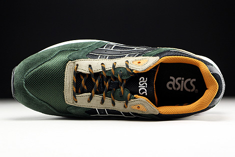 Asics Gel Saga Winter Trail Pack Over view