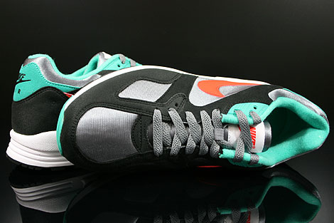 Nike Air Base 2 Cool Grey Team Orange Black Atomic Teal Over view