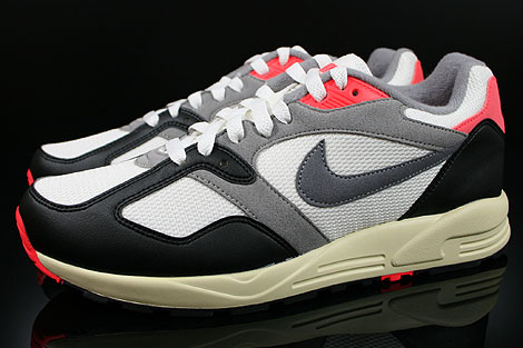 Nike Air Base 2 Vintage Sail Cool Grey Medium Grey Infrared Profile