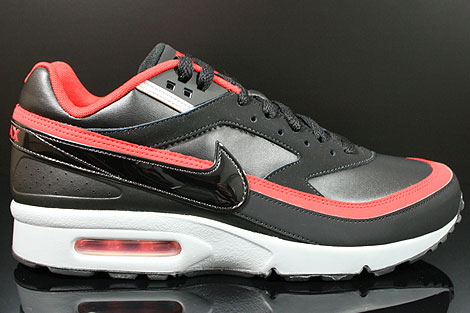Nike Air Classic BW Black Wolf Grey University Red