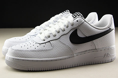 Nike Air Force 1 Low White Black Profile