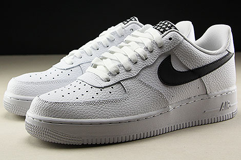 Nike Air Force 1 Low White Black Sidedetails