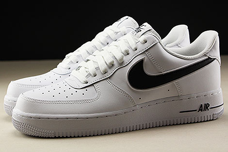 Nike Air Force 1 Low White Black Seitenansicht