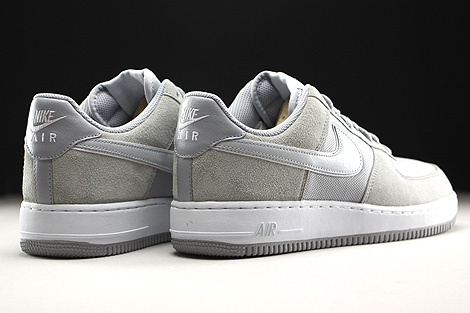 Nike Air Force 1 Low Hellgrau Beige Weiss Rueckansicht