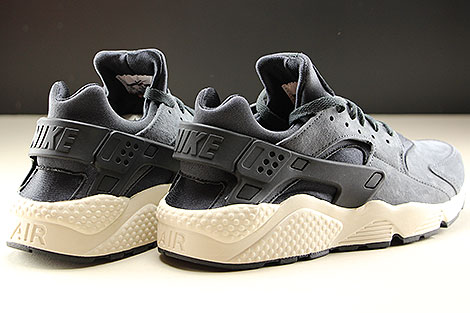 Nike Air Huarache Run Premium Anthracite Black Light Bone Back view