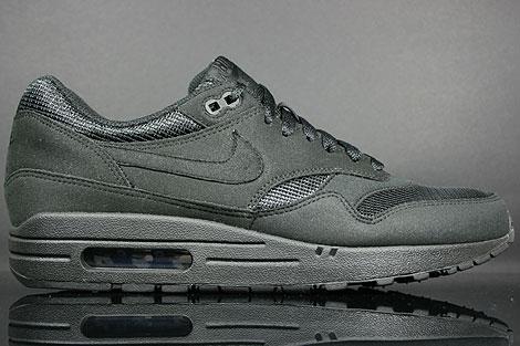 Nike Air Max 1 Black